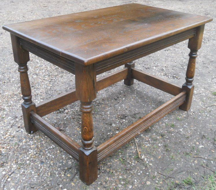 Antique White And Oak Coffee Tables: Antique Style Dark Oak Coffee Table